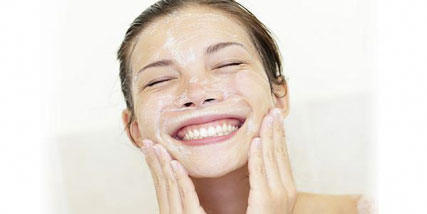 get rid of oily skin naturally at Bella Reina Spa