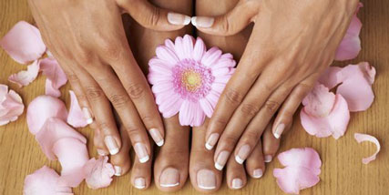 Healthy nails fast at Bella Reina Spa